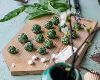 Frühjahrsputz. Bärlauch-Bällchen mit Gorgonzola